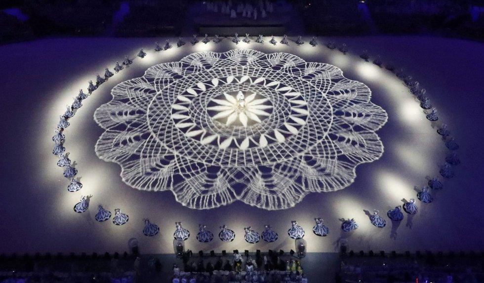 Así fue la ceremonia de clausura de los Juegos Olímpicos 2016. - Página 3 Tumblr_ocb9oq1nRh1ttlfhbo1_1280