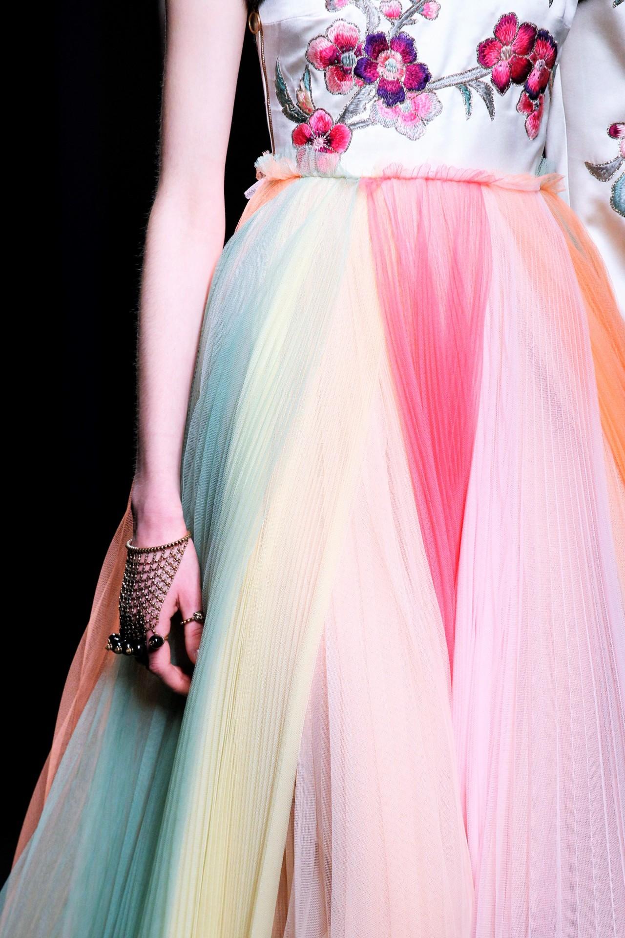 Najljepše haljine - Page 21 Tumblr_o35lhrDUCj1szuns8o1_1280
