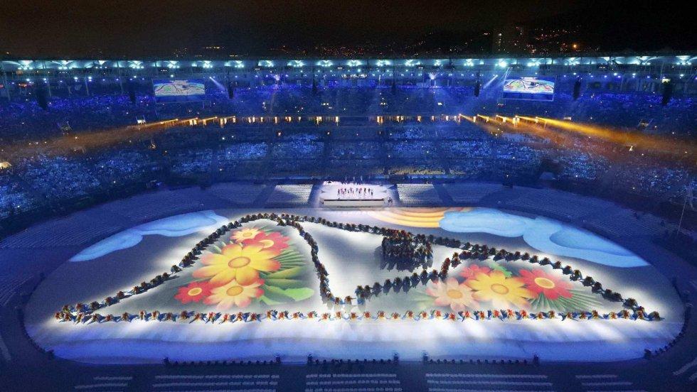Así fue la ceremonia de clausura de los Juegos Olímpicos 2016. - Página 2 Tumblr_ocb9i2tpv71ttlfhbo1_1280