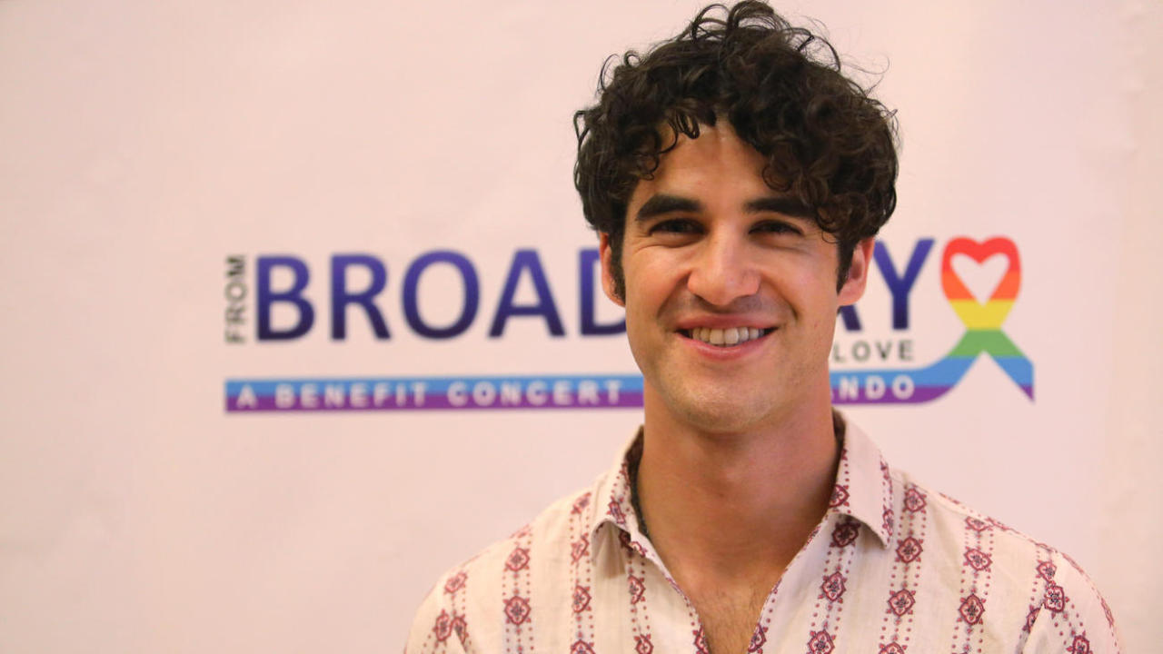 Topics tagged under frombroadwaywithlove on Darren Criss Fan Community Tumblr_oawiubJrak1ubd9qxo1_1280