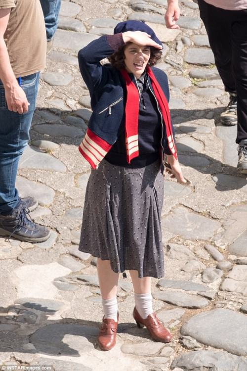 The Guernsey Literary & Potato Peel Pie Society de Mike Newell - Page 2 Tumblr_opchr4JStg1rrpfn3o1_500