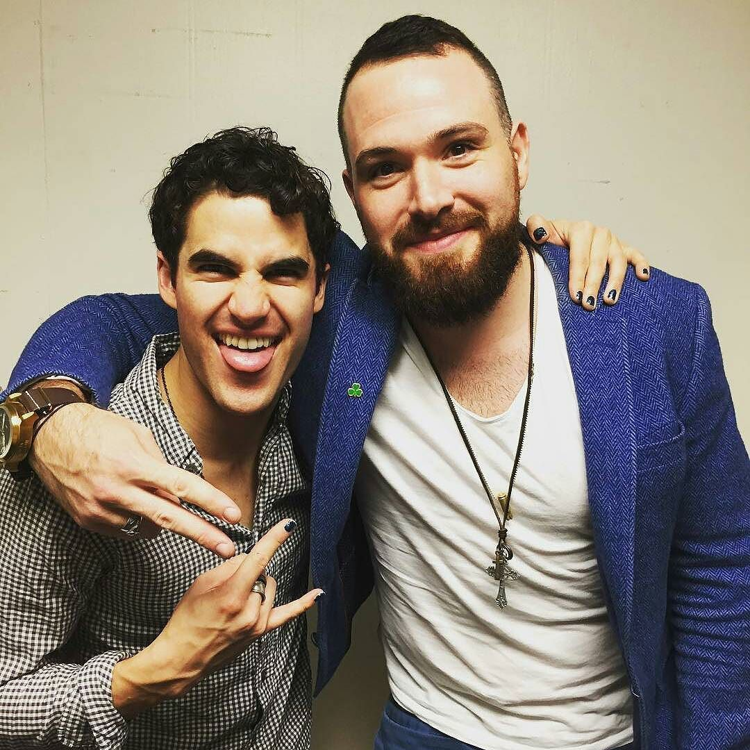 "Stagedoor - Pics, gifs, media videos, curtain call videos, stage door videos, and posts of ""who saw Darren"" in Hedwig and the Angry Inch--SF and L.A. (Tour),  - Page 6 Tumblr_ogxmcfrDeG1ubd9qxo1_1280"