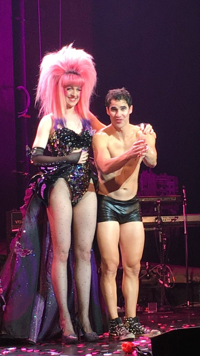 "versace - Pics, gifs, media videos, curtain call videos, stage door videos, and posts of ""who saw Darren"" in Hedwig and the Angry Inch--SF and L.A. (Tour),  - Page 5 Tumblr_og8v6xrx2o1uetdyxo2_1280"