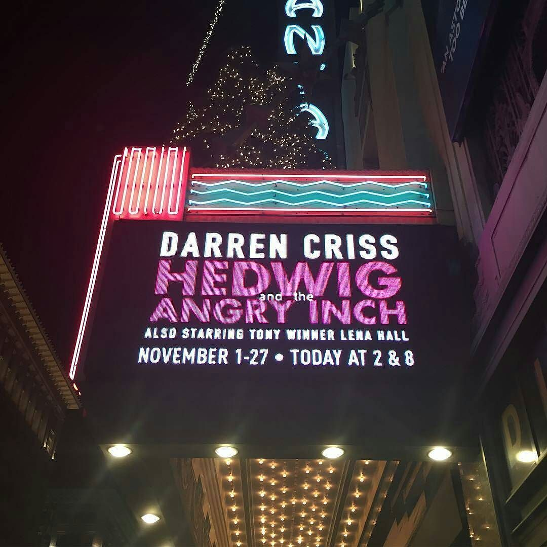 "versace - Pics, gifs, media videos, curtain call videos, stage door videos, and posts of ""who saw Darren"" in Hedwig and the Angry Inch--SF and L.A. (Tour),  - Page 6 Tumblr_ogx9dwbFg91ubd9qxo1_1280"