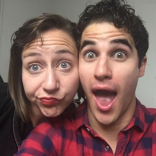 "cuter - Pics, gifs, media videos, curtain call videos, stage door videos, and posts of ""who saw Darren"" in Hedwig and the Angry Inch--SF and L.A. (Tour),  - Page 7 Tumblr_oh3238mGto1uetdyxo1_500"