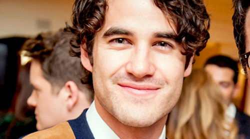 Topics tagged under gleek on Darren Criss Fan Community Tumblr_nyr909nFah1sczt3wo1_r1_500