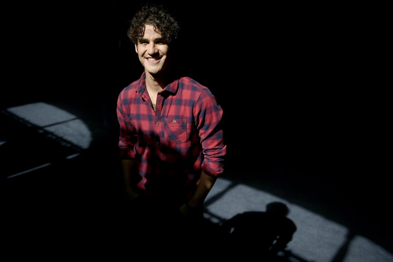 darrencriss - Photos/Gifs of Darren in 2016 - Page 2 Tumblr_ocoafd8O5I1u4l72go4_1280
