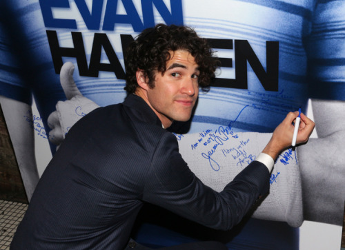HedwigTour -  Darren Appreciation Thread: General News about Darren for 2016  Tumblr_o6k3jqbwAL1uetdyxo2_500