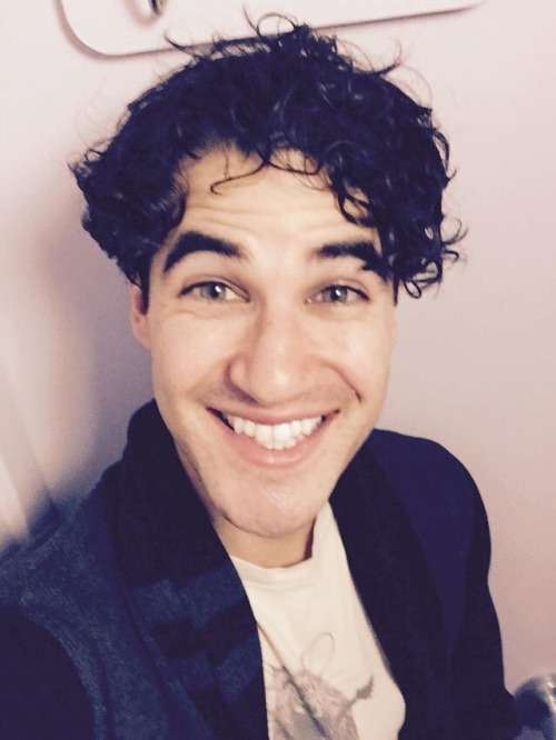 darrenishedwig - Pics and gifs of Darren in Hedwig and the Angry Inch on Broadway. Tumblr_nnl2ruBJXv1r4gxc3o1_500
