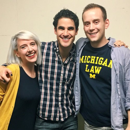"stagedoor - Pics, gifs, media videos, curtain call videos, stage door videos, and posts of ""who saw Darren"" in Hedwig and the Angry Inch--SF and L.A. (Tour),  - Page 7 Tumblr_oha075vUi71uetdyxo1_500"