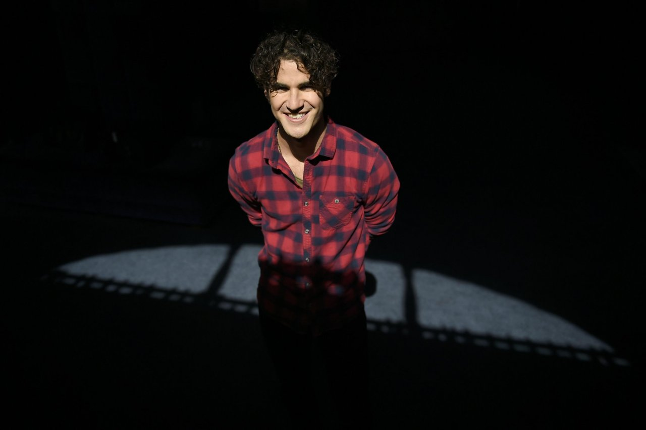 darrencriss - Photos/Gifs of Darren in 2016 - Page 2 Tumblr_ocoafd8O5I1u4l72go5_1280