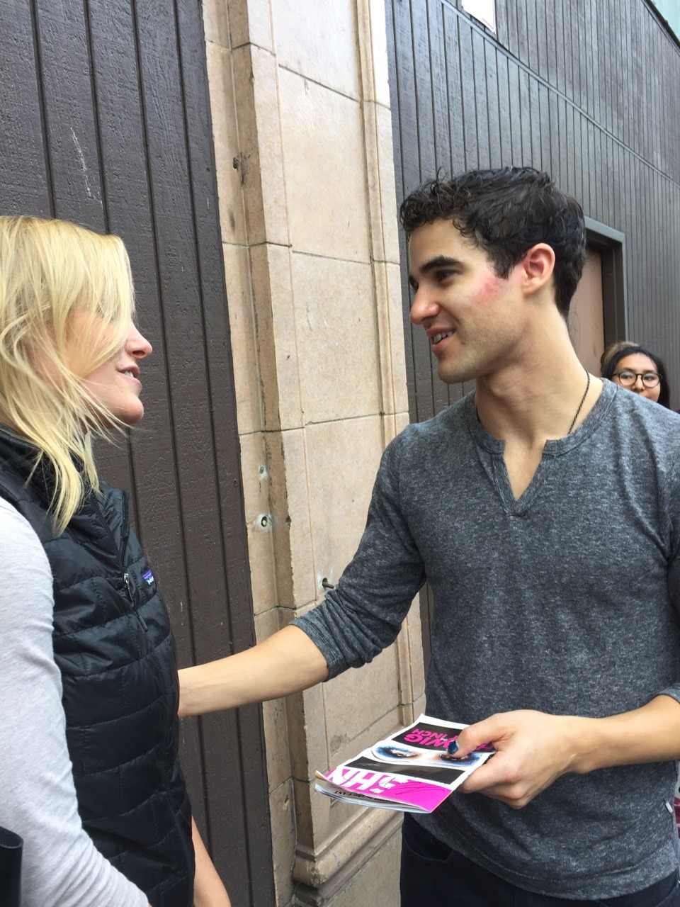 "publicarts - Pics, gifs, media videos, curtain call videos, stage door videos, and posts of ""who saw Darren"" in Hedwig and the Angry Inch--SF and L.A. (Tour),  - Page 3 Tumblr_of6baabi951qkcgv5o7_1280"