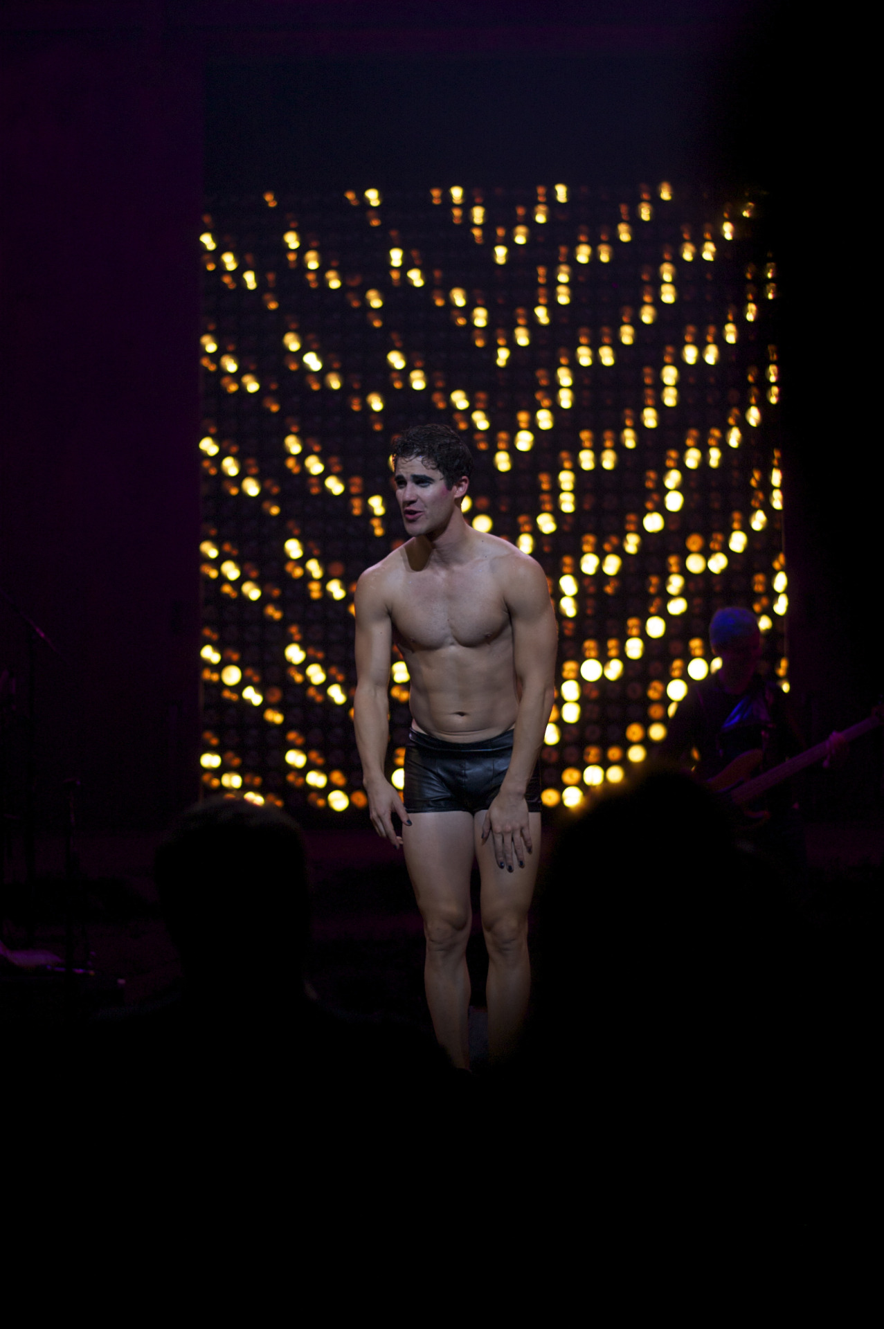 "hedwigshn - Pics, gifs, media videos, curtain call videos, stage door videos, and posts of ""who saw Darren"" in Hedwig and the Angry Inch--SF and L.A. (Tour),  - Page 3 Tumblr_ofbw69QpX51qhk1jqo10_1280"