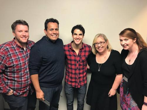 "celebrityphotographer - Pics, gifs, media videos, curtain call videos, stage door videos, and posts of ""who saw Darren"" in Hedwig and the Angry Inch--SF and L.A. (Tour),  - Page 7 Tumblr_oh4su3osSF1uetdyxo1_500"