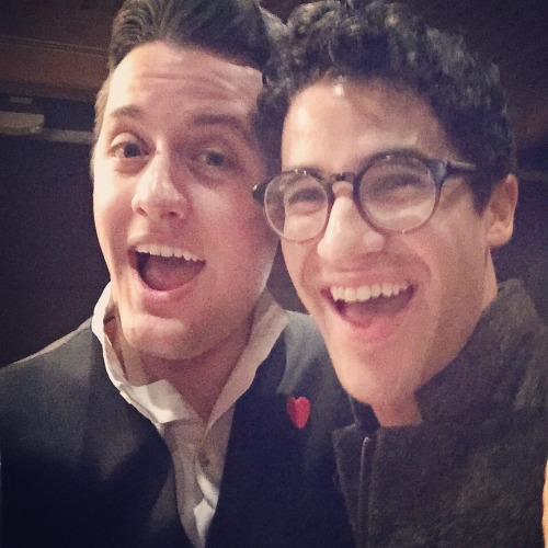 "BornEntertainer - Pics, gifs, media videos, curtain call videos, stage door videos, and posts of ""who saw Darren"" in Hedwig and the Angry Inch--SF and L.A. (Tour),  - Page 4 Tumblr_ofjqu7mUlV1uetdyxo1_500"