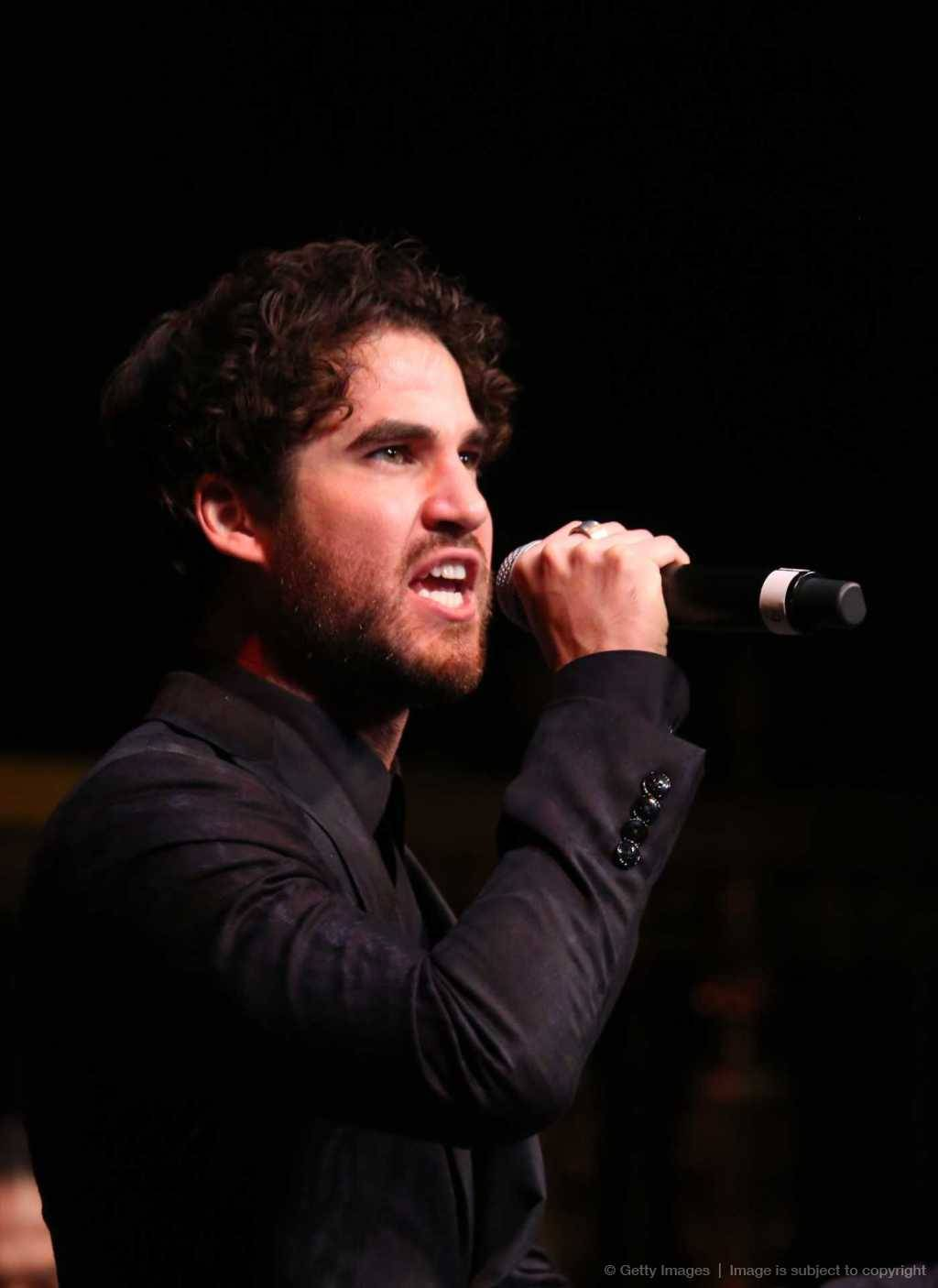 concert - Some of my favorite past photos/gifs of Darren Tumblr_nww33vivhF1r4gxc3o7_1280