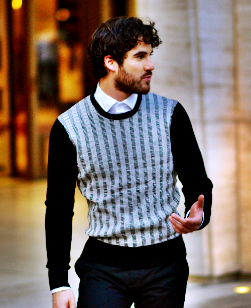 concert - Some of my favorite past photos/gifs of Darren Tumblr_nbygmfOyzo1qjwm18o1_500