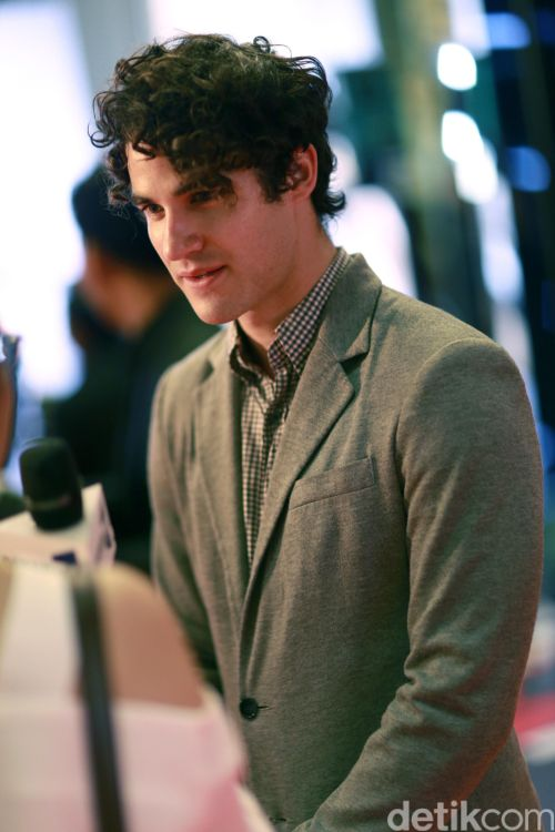 LittleMermaid - Photos/Gifs of Darren in 2016 Tumblr_o72g3ue3kU1uetdyxo1_500