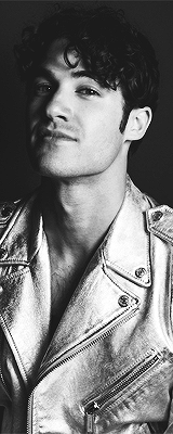 darrencriss - Photos/Gifs of Darren in 2016 - Page 2 Tumblr_odevbgwncv1v1f207o5_250