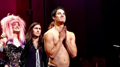 "BornEntertainer - Pics, gifs, media videos, curtain call videos, stage door videos, and posts of ""who saw Darren"" in Hedwig and the Angry Inch--SF and L.A. (Tour),  - Page 4 Tumblr_ofvxpcvhEI1r0rx8mo1_500"