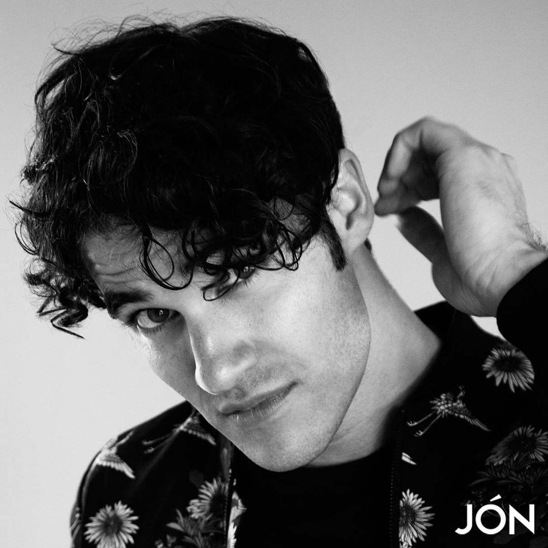 darrencriss - Photos/Gifs of Darren in 2016 - Page 2 Tumblr_oedomlo1Rj1uetdyxo1_1280