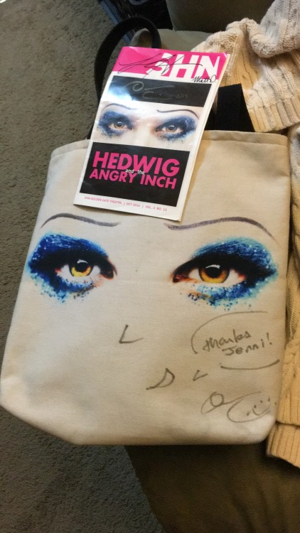 hedwigmusical - Fan Experiences During 2016 - Page 2 Tumblr_ofdz0mg4wD1r0swn1o1_500