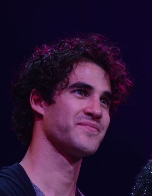 darrenishedwig - Pics and gifs of Darren in Hedwig and the Angry Inch on Broadway. - Page 2 Tumblr_nuoc3p6m8W1qayexuo3_500