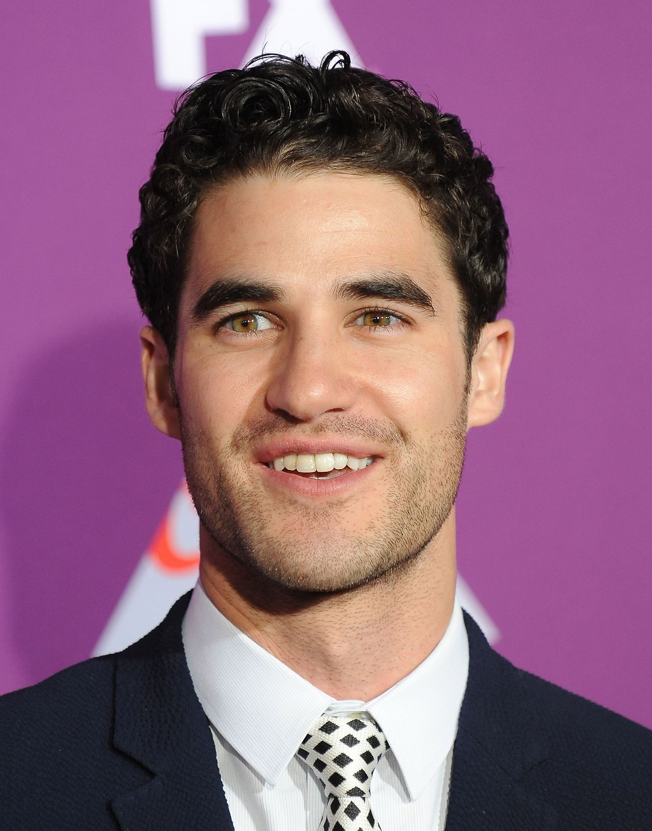Topics tagged under versace on Darren Criss Fan Community - Page 2 Tumblr_om6j6mge3D1qayexuo2_1280