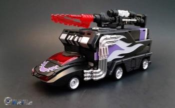 [DX9 Toys] Produit Tiers - Jouet D-06 Carry aka Rodimus et D-06T Terror aka Black Rodimus - Page 2 1ZYmnMSQ