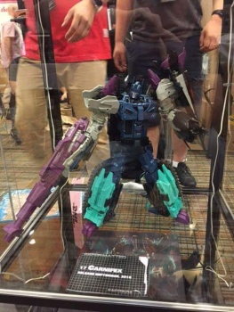 [Mastermind Creations] Produit Tiers - R-17 Carnifex - aka Overlord (TF Masterforce) - Page 2 52FDuJ4n
