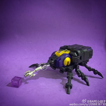 [Fanstoys] Produit Tiers - Jouet FT-12 Grenadier / FT-13 Mercenary / FT-14 Forager - aka Insecticons - Page 2 6i6kpTp6
