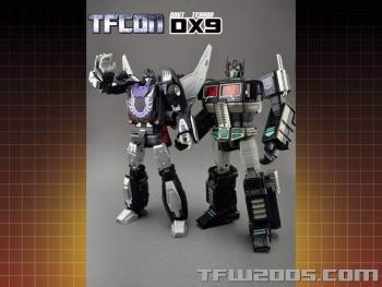 [DX9 Toys] Produit Tiers - Jouet D-06 Carry aka Rodimus et D-06T Terror aka Black Rodimus - Page 2 6lnpa0uT