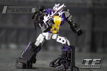 [Fanstoys] Produit Tiers - Jouet FT-12 Grenadier / FT-13 Mercenary / FT-14 Forager - aka Insecticons - Page 2 7HeD8GeN