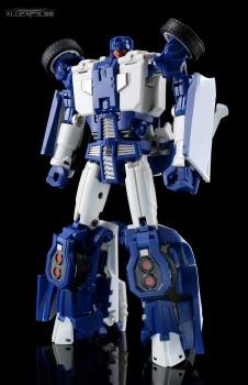 [Transform Mission] Produit Tiers - Jouet M-01 AutoSamurai - aka Menasor/Menaseur des BD IDW - Page 2 7XnlkUUt