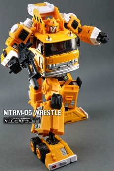 [Maketoys] Produit Tiers - MTRM-03 Hellfire (aka Inferno) et MTRM-05 Wrestle (aka Grapple/Grappin) - Page 4 8fY23Np0