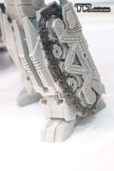 [Mastermind Creations] Produit Tiers - R-17 Carnifex - aka Overlord (TF Masterforce) 9iwY6GgS