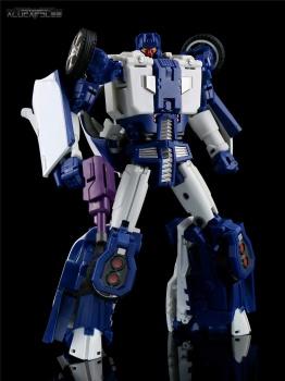 [Transform Mission] Produit Tiers - Jouet M-01 AutoSamurai - aka Menasor/Menaseur des BD IDW - Page 2 F4vniDTg