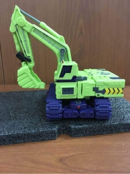 [Toyworld] Produit Tiers - Jouet TW-C Constructor aka Devastator/Dévastateur (Version vert G1 et jaune G2) - Page 3 Fuk3HaiI