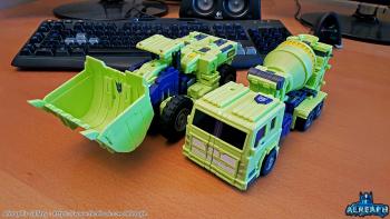 [Toyworld] Produit Tiers - Jouet TW-C Constructor aka Devastator/Dévastateur (Version vert G1 et jaune G2) - Page 6 HGwZLSdd