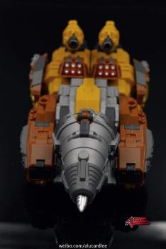 [Warbotron] Produit Tiers - Jouet WB03 aka Computron - Page 2 Ih4CWzmH