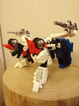 [Mastermind Creations] Produit Tiers - RC-01 Hexatron (aka Sixshot/Hexabot) et RC-01G Grandus Hexatron (aka Greatshot) - Page 3 LGOh3SPt