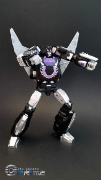 [DX9 Toys] Produit Tiers - Jouet D-06 Carry aka Rodimus et D-06T Terror aka Black Rodimus - Page 2 LyK7L224