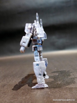 [Masterpiece] MP-13 Soundwave/Radar - Page 5 ODlQXDxu