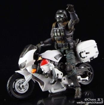 [MakeToys] Produit Tiers - Jouet MTCM-04 Guardia (aka Protectobots - Defensor/Defenso) - Page 2 Q3peXeon