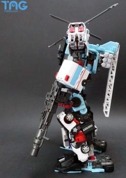 [MakeToys] Produit Tiers - Jouet MTCM-04 Guardia (aka Protectobots - Defensor/Defenso) - Page 3 RRdnChIh
