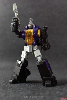 [Fanstoys] Produit Tiers - Jouet FT-12 Grenadier / FT-13 Mercenary / FT-14 Forager - aka Insecticons - Page 2 Zk7ihLIu