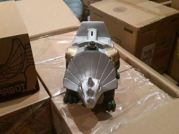 [FansProject] Produit Tiers - Jouet Saurus Ryu-oh aka Dinoking (Victory) | Monstructor (USA) E7X9roNz