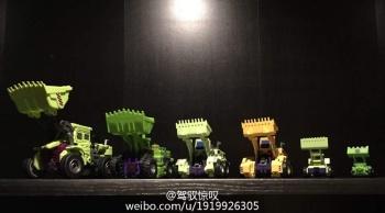 [Generation Toy] Produit Tiers - Jouet GT-01 Gravity Builder - aka Devastator/Dévastateur - Page 2 ENtJI0L2