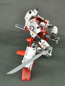 [MakeToys] Produit Tiers - Jouet MTCM-04 Guardia (aka Protectobots - Defensor/Defenso) - Page 3 FGusvIoR
