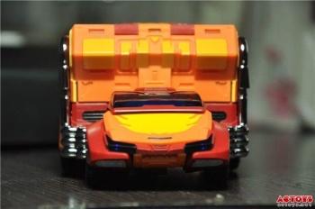 [DX9 Toys] Produit Tiers - Jouet D-06 Carry aka Rodimus et D-06T Terror aka Black Rodimus - Page 2 Hgf99nTQ